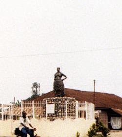Chief Ezedonmwem Ero Statue, Benin