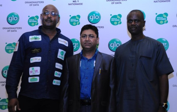 Bisi Koleoshe, Deputy Chief Operating Officer (Technical), Globacom and Sanjib Roy, Group Chief Technical Officer, Globacom, and Nasiru Abubakar, Editor, Daily Trust Newspapers, Abuja, at the presentation of Globacom's New Communications Direction in Lagos on Friday.