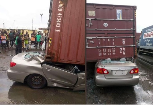 Shock As Container Falls And Crushes 2 Cars In Apapa (Photo)