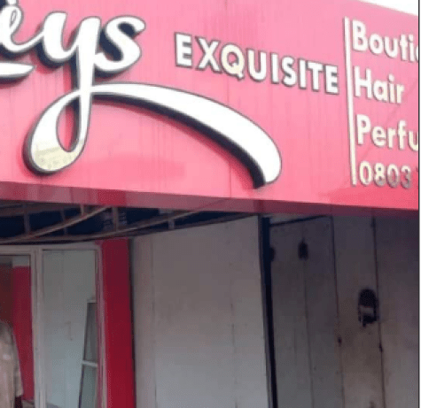 Graphic: Unidentified man commits suicide inside a shop in Delta