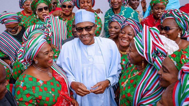 President Muhammadu Buhari and some APC members