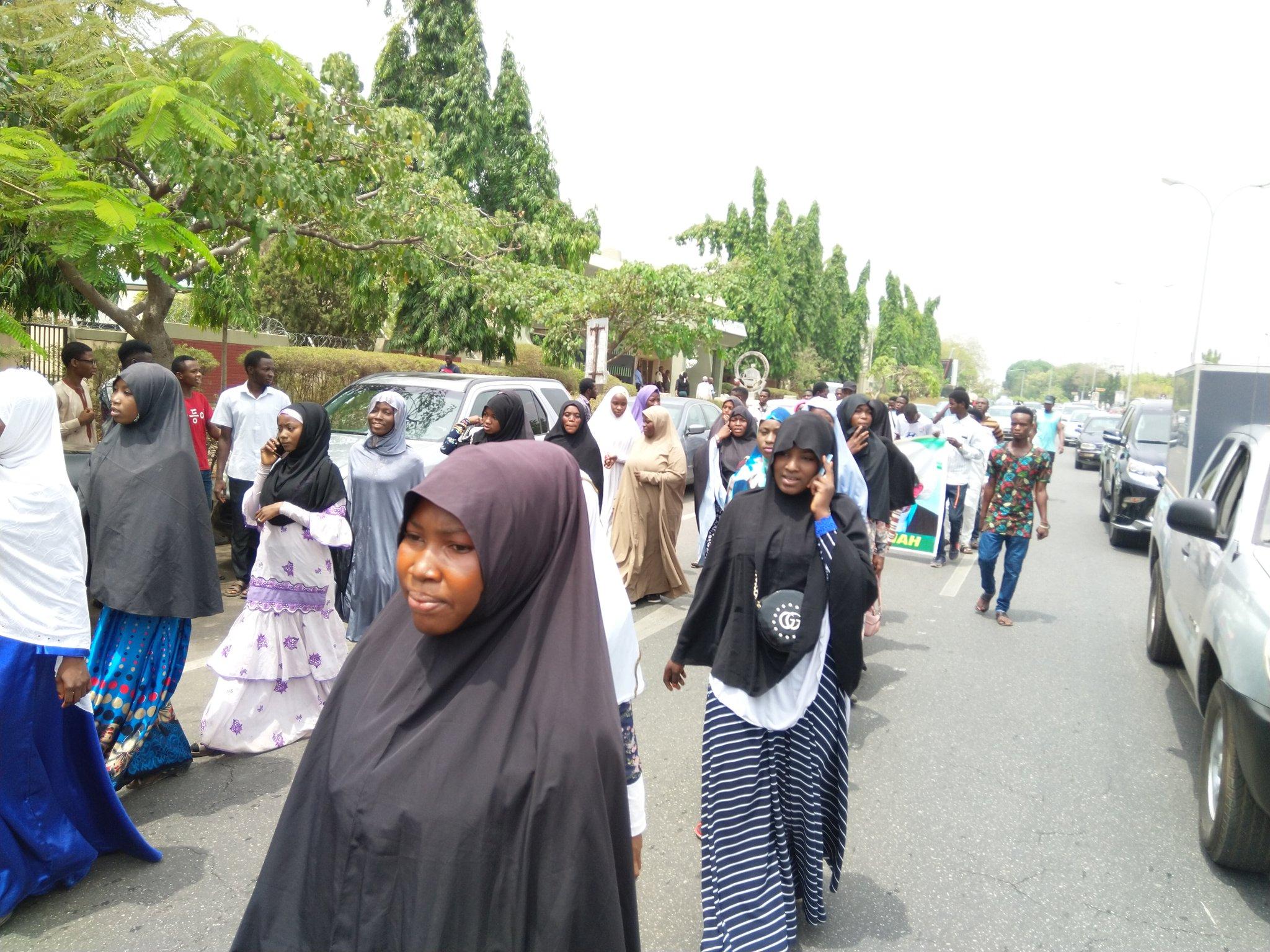 https://onlinenigeria.com/wp-content/uploads/2020/03/el-zakzaky-shiites-resumes-abuja-protest-3.jpg