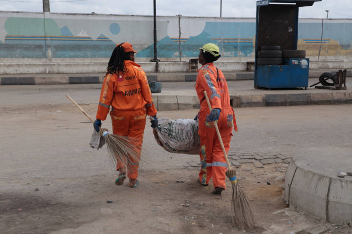 LAWMA officials doing their work despite shutdown