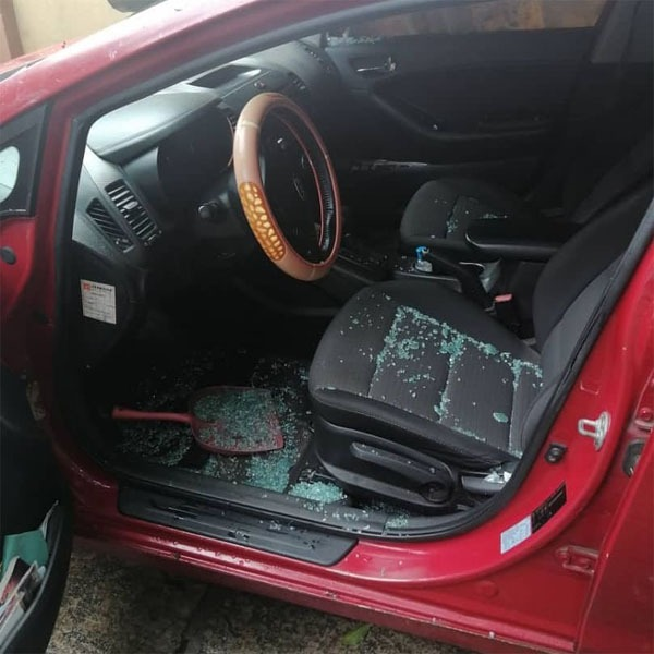 Oh No! Nollywood Filmmaker, Robbed In Lagos Traffic (Photos)