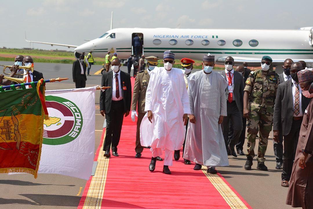President Muhammadu Buhari and other leaders land in Mali