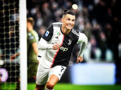 Ronaldo Reveals best strikers