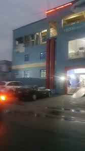 Commotion As Hoodlums Go Wild, Loot Popular Mall In Delta