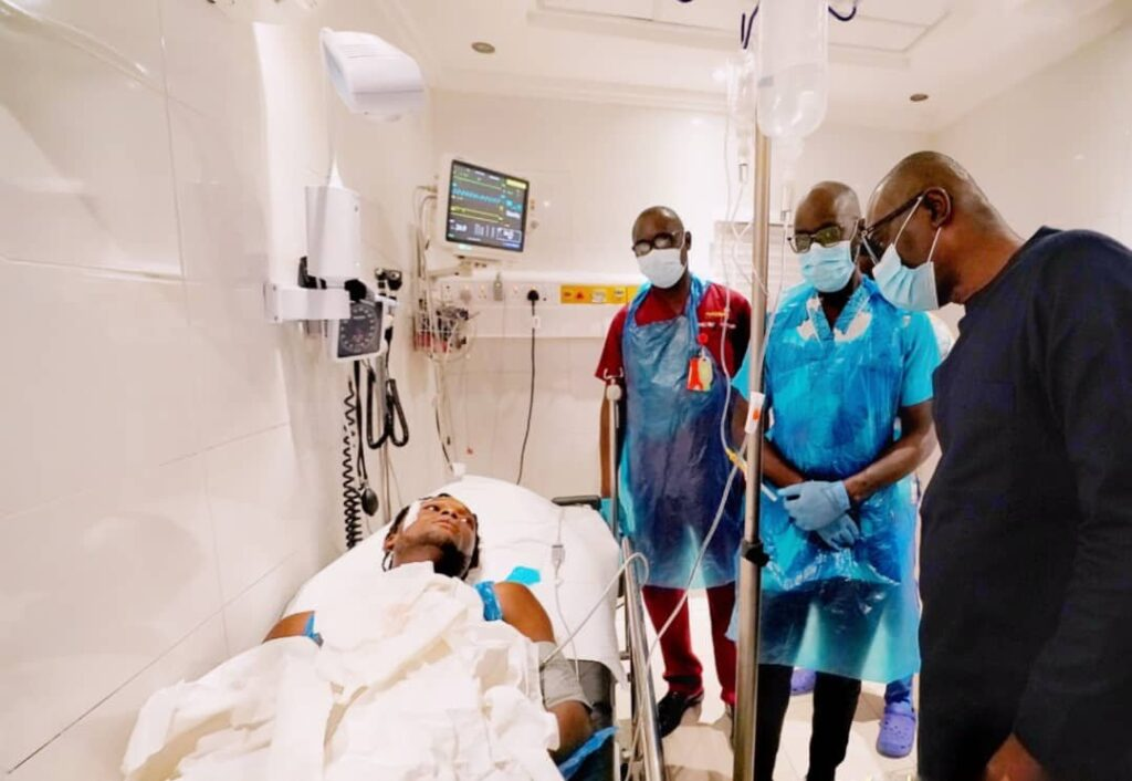 Lekki Shooting: Sanwo-Olu Visits Wounded Victims, Blames 'Forces Beyond His Control' 2