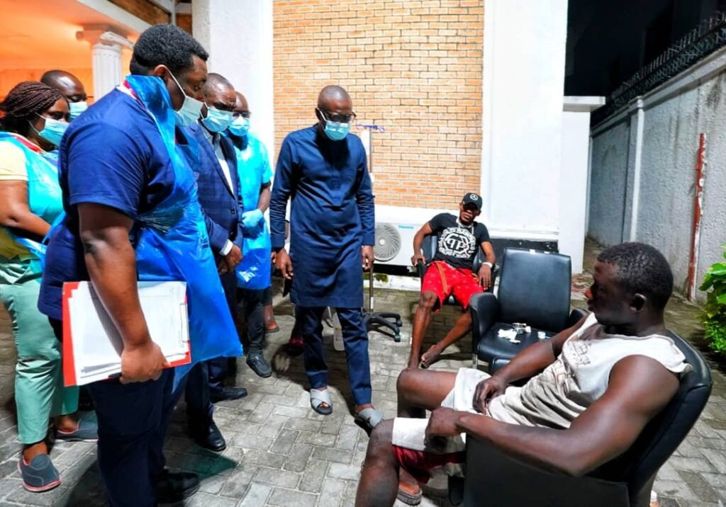 Lekki Shooting: Sanwo-Olu Visits Wounded Victims, Blames 'Forces Beyond His Control' 3