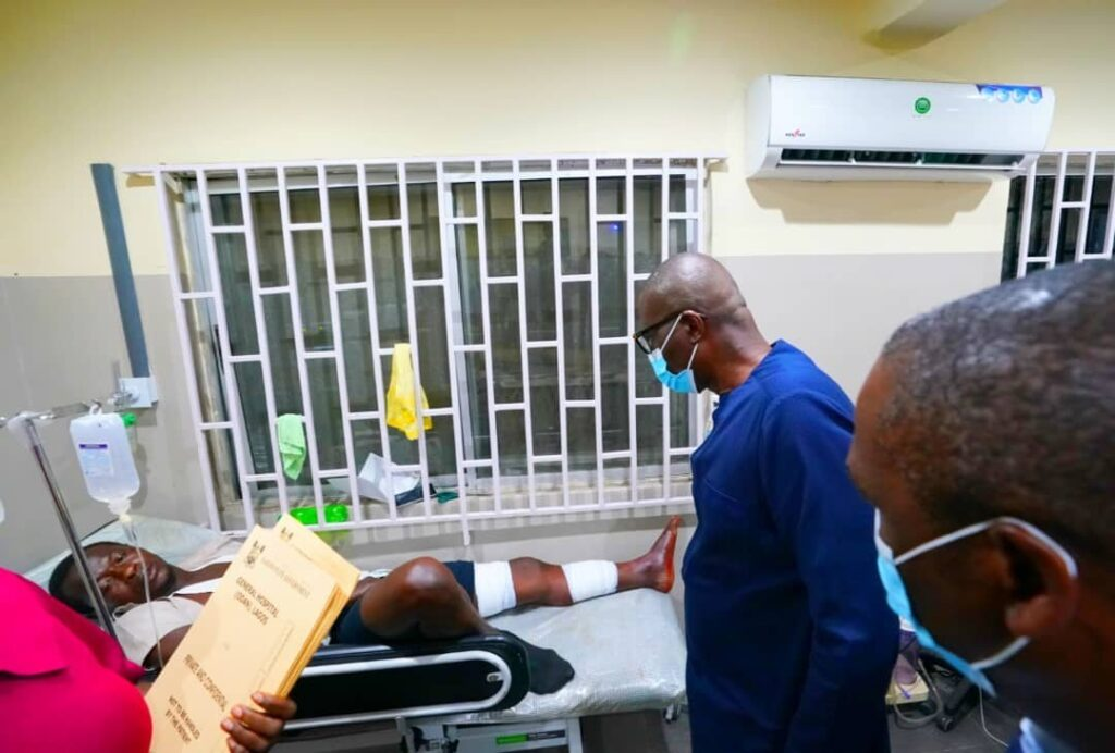 Lekki Shooting: Sanwo-Olu Visits Wounded Victims, Blames 'Forces Beyond His Control' 5
