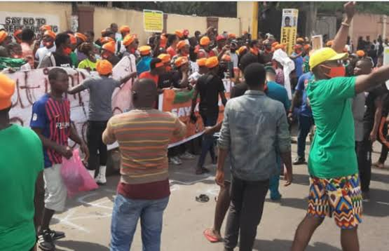 Over 20 RevolutionNow Protesters Arrested While Chanting Anti-Government Songs In Lagos 1