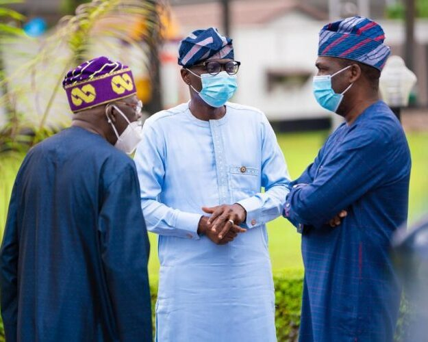 Photo News: Sanwo-Olu receives Tinubu in Marina