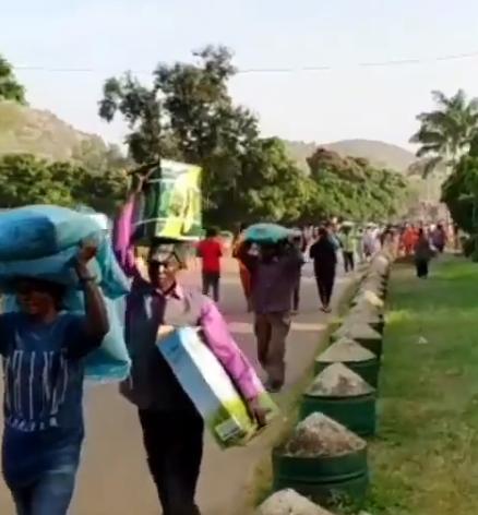 Residents Storm Ogun Church, Steal Indomie, Garri From Store [Video]