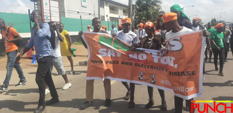 RevolutionNow Protests Hits Abuja, Ibadan On Independence Day Amidst Heavy Security [Photos] 2