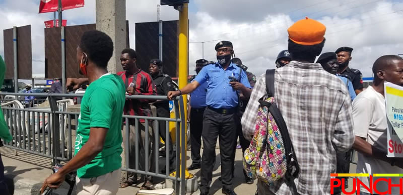 RevolutionNow Protests Hits Abuja, Ibadan On Independence Day Amidst Heavy Security [Photos] 7