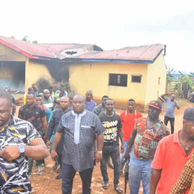 Senator Ifeanyi Ubah Mobilises Community Leaders, Youths, Vigilance Groups In Anambra South To Take Charge Of Their Communities [PHOTOS]