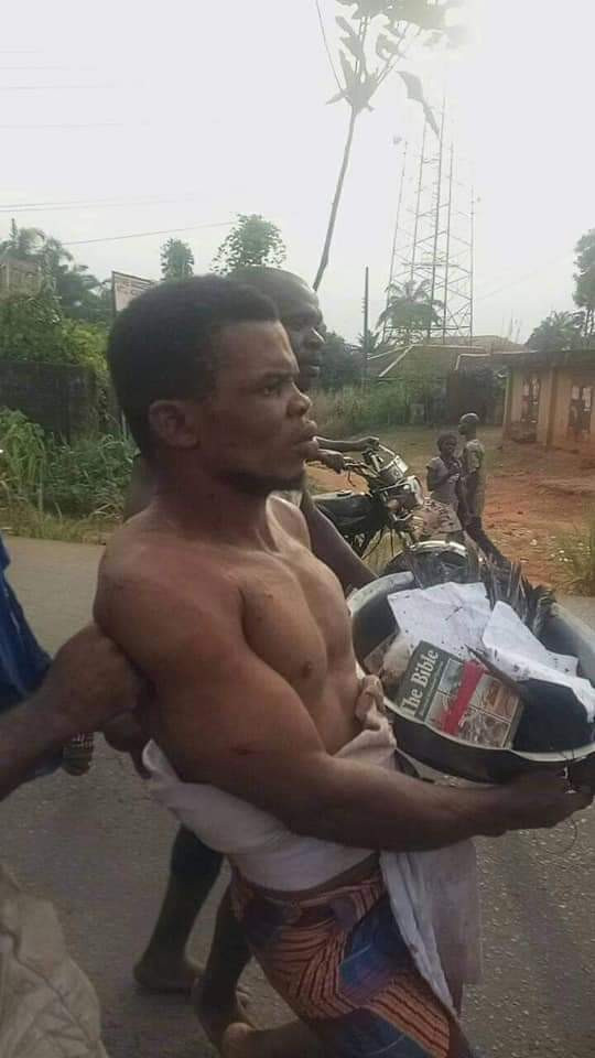 Anambra Pastor Allegedly Caught With Charms, Fetish Items In His Church [Photos/Video] 2