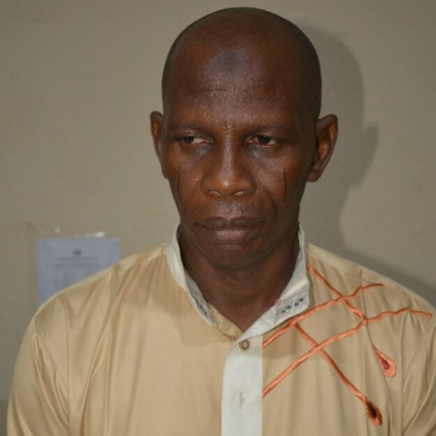 Comptroller of Prisons Who Allegedly Scammed Job Seekers N2.8m Lands In Hot Soup (Photo)