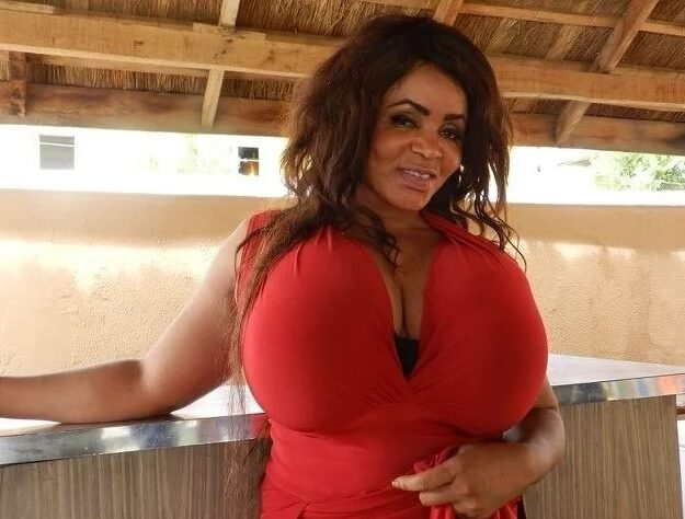 Cossy Ojiakor Replies Follower Who Bashed Her For Preaching About God Almost Nude (Video)
