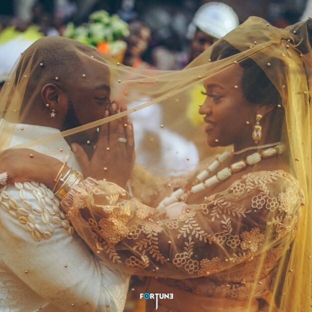 Davido clocks 28: See the heartfelt gift from Chioma