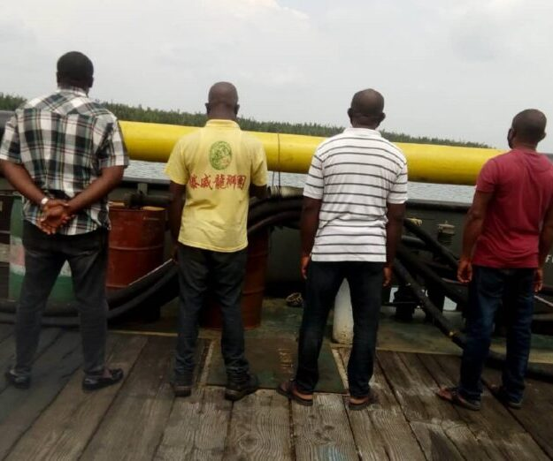 EFCC Receives Four Suspected Oil Thieves from Navy