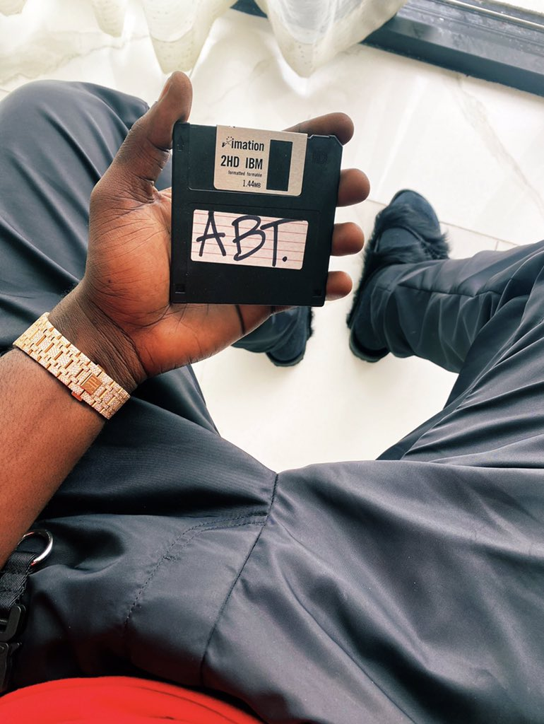 """Floppy Disk"" - Burna Boy Mocks Davido's Yet To Be Released Album 'A Better Time' 2"