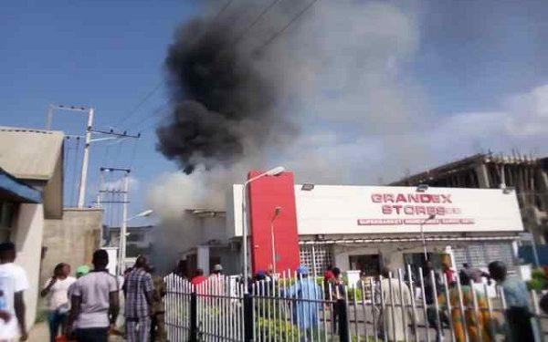 Grandex Supermarket Belonging To Ajimobi's Wife, Florence Partly Razed By Fire In Ibadan 1