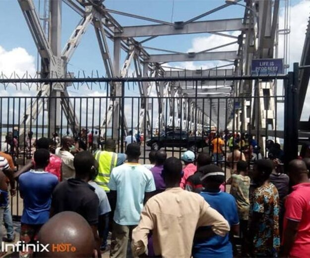 Onitsha building materials dealers donate N8m to fire accident victims