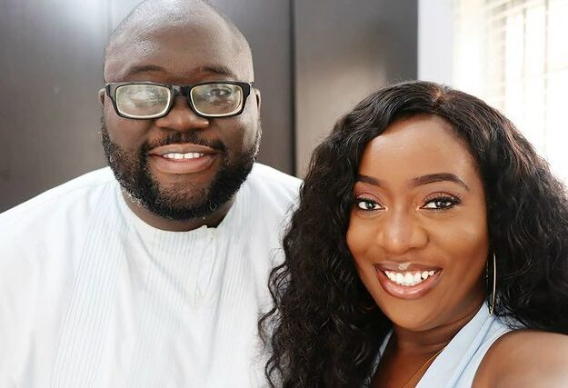 See loved up picture of Sisiyemmie, Bobo Yomi