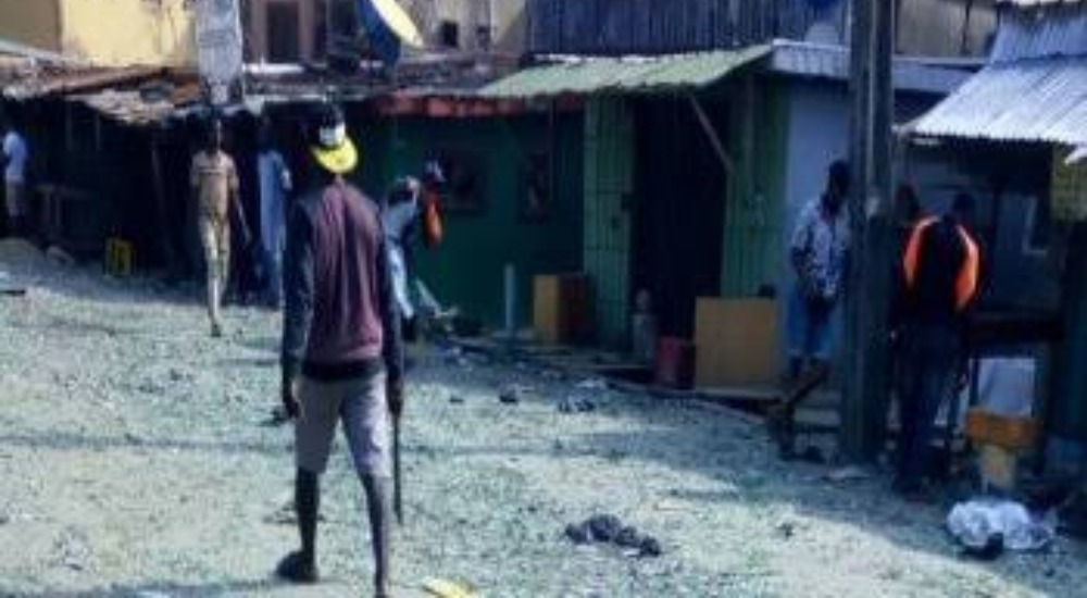 Three Feared Dead, 150 Vehicles, 200 Shops Destroyed As Hoodlums Clashes Over 'Supremacy' In Lagos 1
