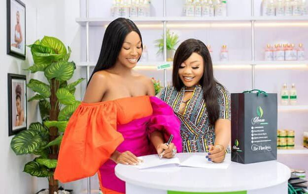 Vee bags new ambassadorial deal