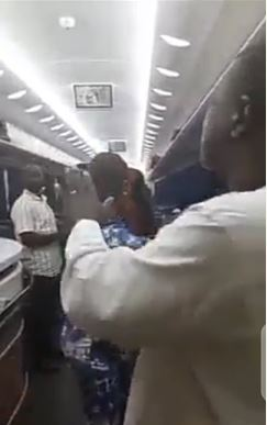 Video of Passengers Protesting After Kaduna-Abuja Train Breaks Down In Bush By 2am