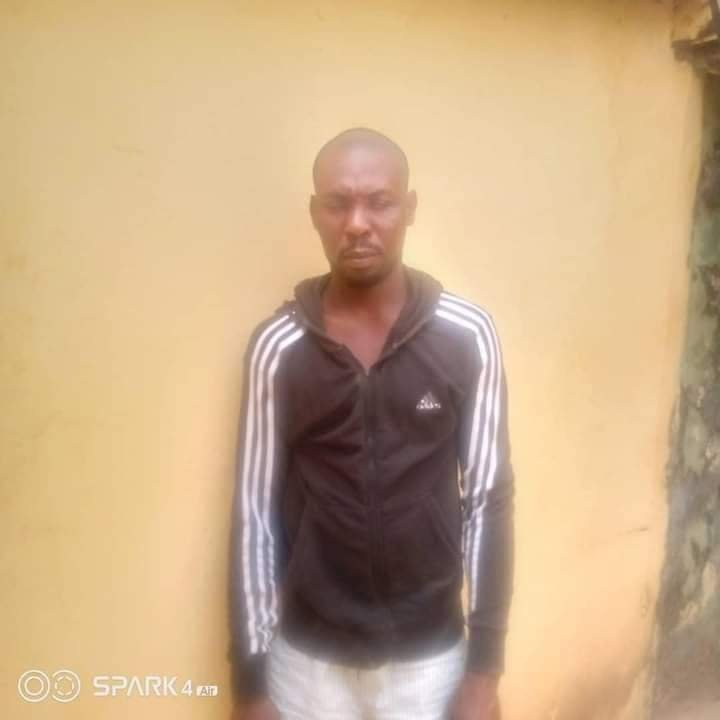 37 year old man push girlfriend 23 from 5 storey building in Onitsha - PHOTOS 1