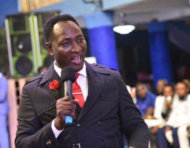 After Many Years, Snr Prophet Jeremiah Omoto Fufeyin Came Across His Old Time Pastor Friend, Named Pst. Dominic Who Saw Tomorrow About His Ministry