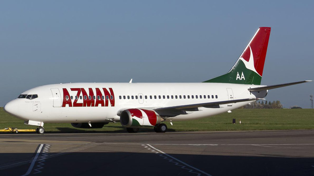 Azman Airline Staff Collapses As Passengers And Officials Fights Over Cancelled Flight 1