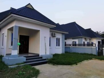 Governor Ikpeazu Presents 2 New Houses As Official Quarters To Abia Security Chiefs 5