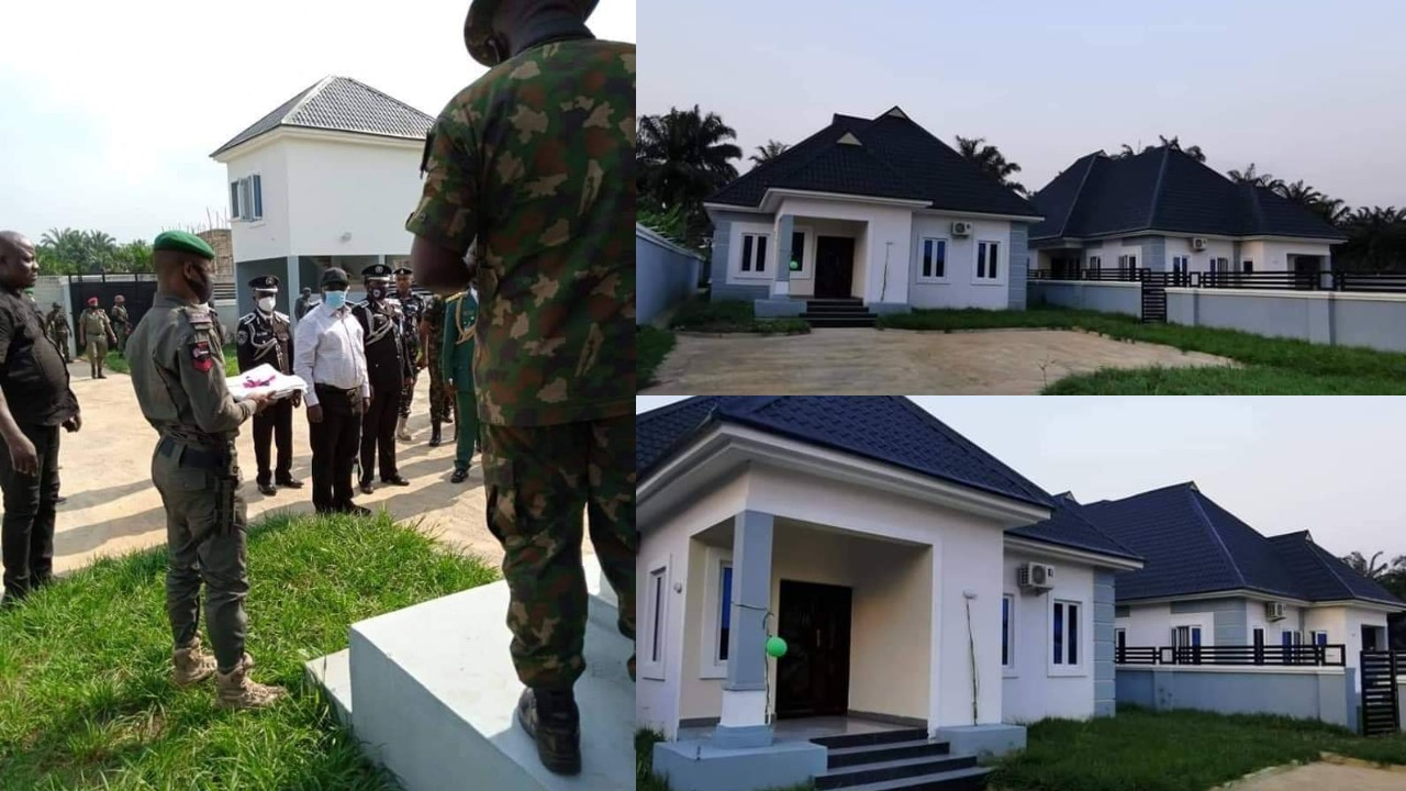 Governor Ikpeazu Presents 2 New Houses As Official Quarters To Abia Security Chiefs 1