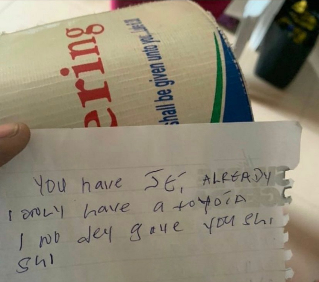 Churchgoer drops note inside offering box