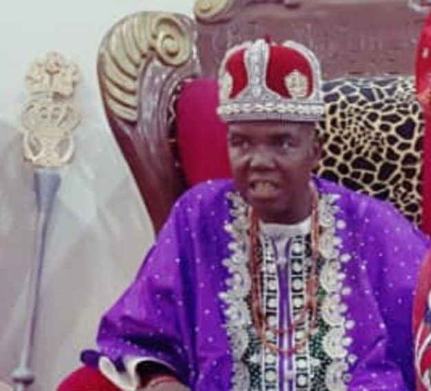 Crisis In Enugu Agidi: Thugs Overrun Igwe Palace, Beat Up President General, Install New Igwe