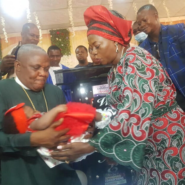Nigerian Pastor And Wife Welcome First Child After 25 Years of Marriage (Photos)