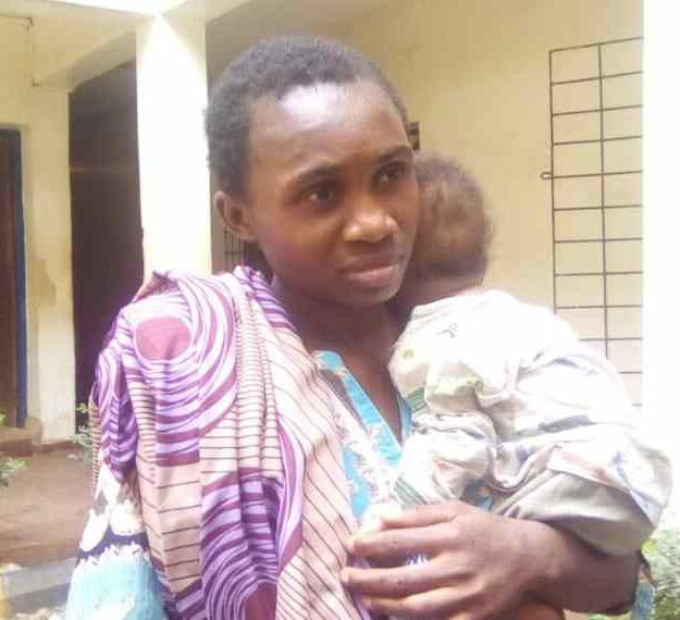 Police Arrest Woman For Trying To Sell Her Baby for N40k in Ebonyi (Photo)