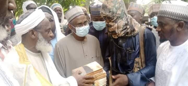 Sheikh Gumi Meets Bandits Who Kidnapped Kagara Students In Niger State [Photos] 1