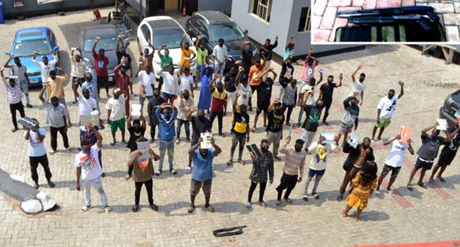 EFCC Arrests 57 Suspected Internet Fraudsters In Ogun, Recovers Two Pump Action Rifles 2