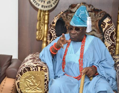 """EFCC should arrest him""—Oba of Lagos under fire for keeping $2m, N17m in palace"