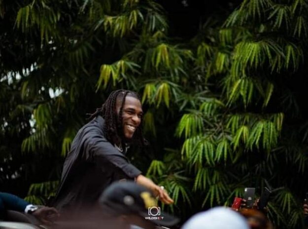 Gov Wike gifts Burna Boy, other artistes N10m each at homecoming…