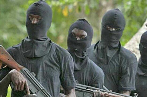Gunmen stab ex-PDP chairman, abduct wife