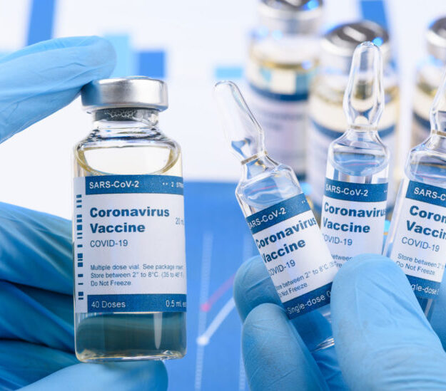 Health workers take first jabs as Nigeria begins COVID-19 vaccination