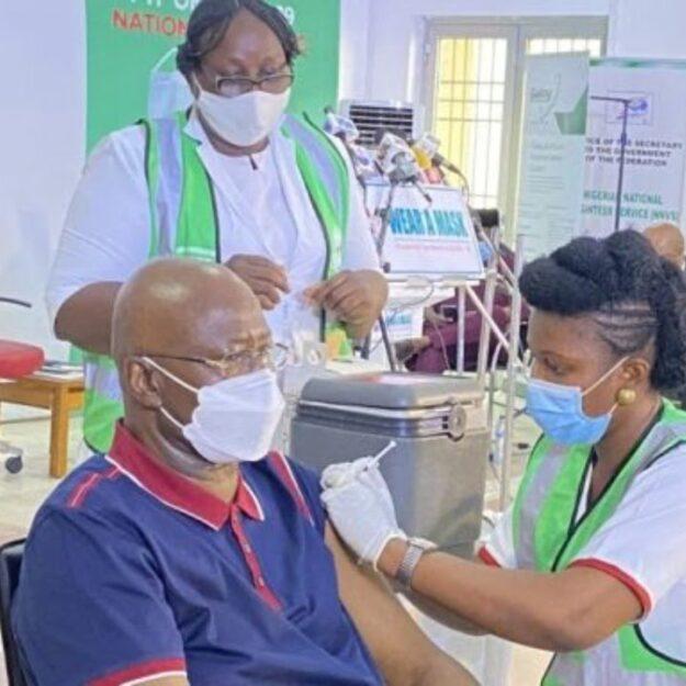 Lai Mohammed, Boss Mustapha, Onyeama receives COVID-19 vaccine