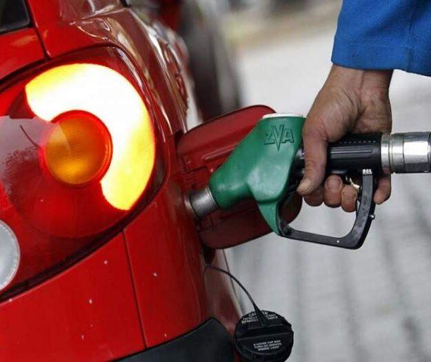 N120bn fuel subsidy: FG scamming Nigerians –Senator Hanga, Umar, PDP chieftain