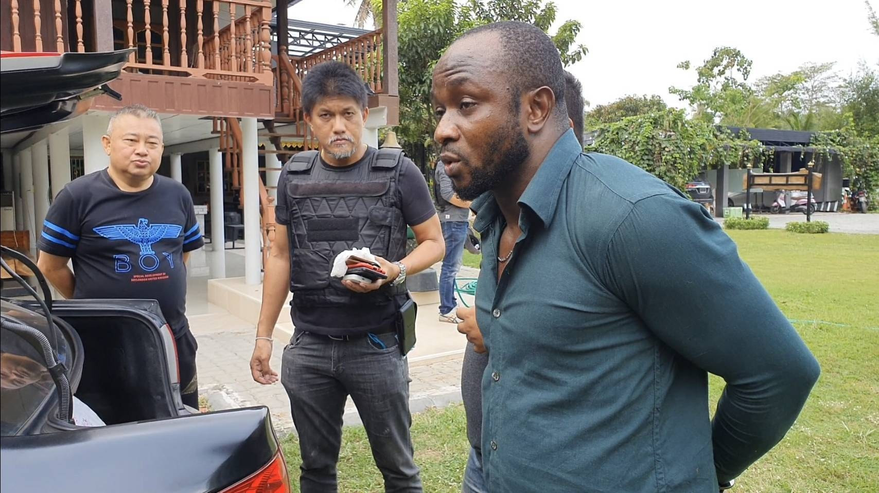 Nigerian Man And His Girlfriend Arrested In Thailand For Allegedly Peddling Cocaine [Photos] 3